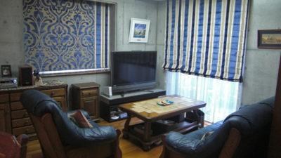 豊中市のお家にEijffingerのカットベルベットの生地でシェードカーテンスタイル