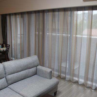 豊中市のマンションにクリエーションバウマンとリフリンのカーテンでナチュラルにコーディネート