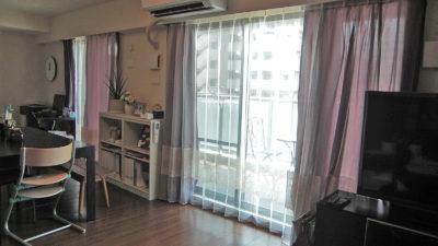 泉佐野市のマンションにFEDEの輸入カーテンでレースインスタイルでコーディネート