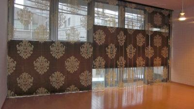 京都市中京区のデザイナーズマンションにはFISBAのレースカーテンでレースイン。