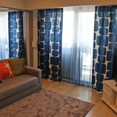 北摂エリアのお家にミッドセンチュリーな北欧調のカーテンでコーディネート