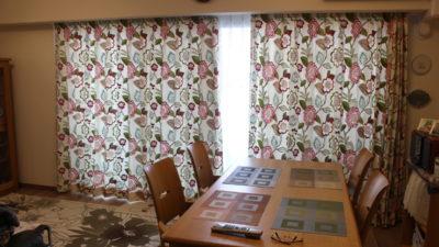 滋賀県大津市の高層マンションのカーテンはネオトロピカル系でリゾート感を演出!