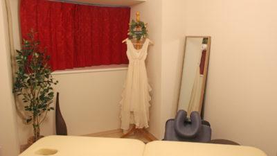 ご自宅のサロンのカーテンをSandersonのダマスクパターンで   大阪府豊中市