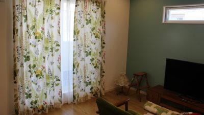 borasの人気北欧カーテンをレトロなお部屋に飾りましょう 大阪府吹田市