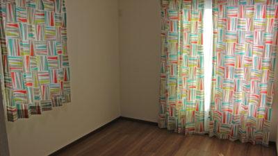 男の子の子供部屋のカーテンはやっぱり輸入カーテンが良いです。京田辺市