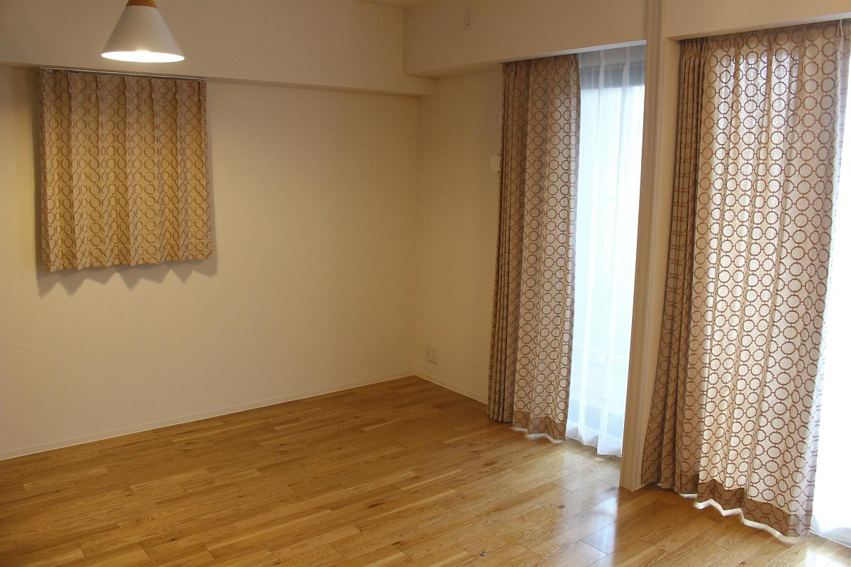 摂津市 オーダーカーテン