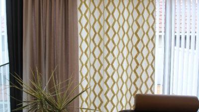 池田市のシンプルモダンなお家のオーダーカーテンはフランス発の輸入カーテン