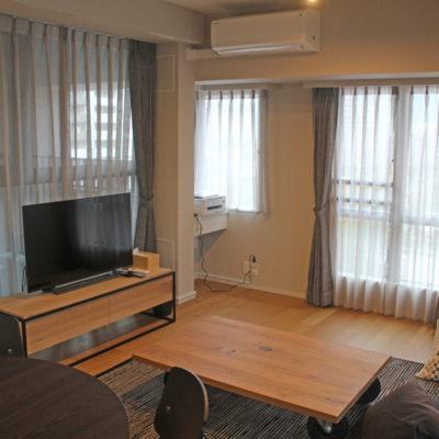 京都市中京区のマンションのカーテンはシンプルな輸入カーテンで!