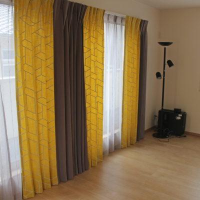 京都市左京区のカーテンはハンターダグラスやクリエーションバウマンの輸入カーテンのオンパレード!