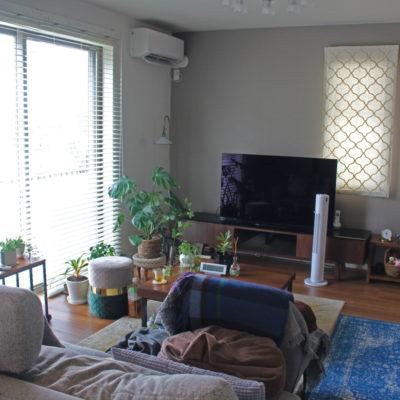 吹田市のご新築のカーテンはウッドブラインドとダブルシェードでナチュラルかつエレガントに!