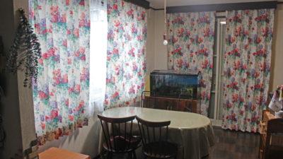 京都市左京区の輸入カーテンのお吊り替えにはsanderson社の花柄カーテンで華やかに!