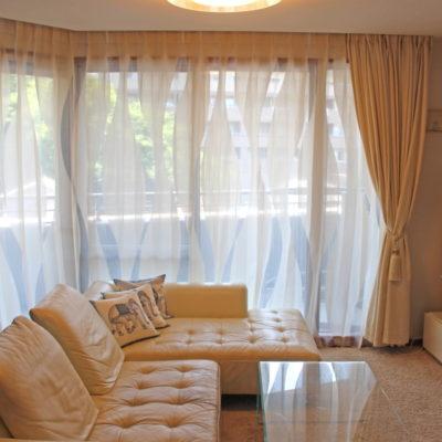 川西市のマンションのカーテンコーディネートにはスイス製のモダンなデザインレースカーテンでご提案!